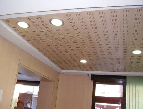 Falso techo de madera great precio de falsos techos de - Precio techo madera ...